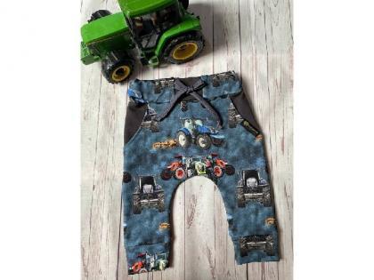 kojenecke-teplacky-se-snizenym-sedem-traktor-modra-vel-80_16953_10941.jpg
